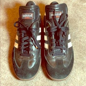 Classic Adidas Samba  Boys 6.5 = women's 8
